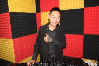 魔声DJ云南学员龚阿平练习照片