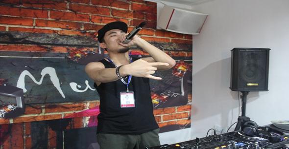 魔声DJ西双版纳MC学员范泽练习照片