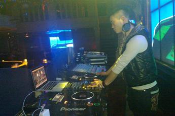 魔声就业学员DJ司俊北京夜店照片