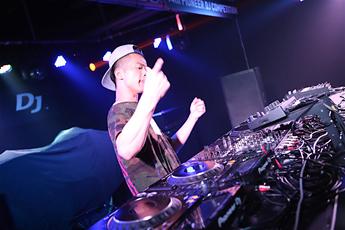 2016第十四届先锋DJ大赛混音组DJY.Xyun