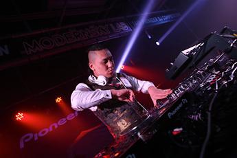 魔声导师第十四届先锋DJ大赛华北总决赛DJXin.铁鑫