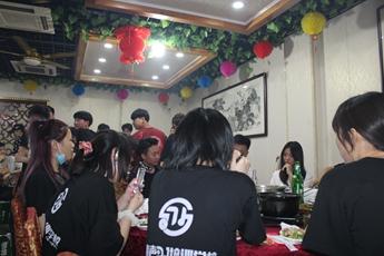 2020届全体师生聚餐合影照片集(上)