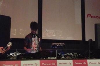 魔声学员DJ般若2013届亚洲先锋DJ大赛华东赛区