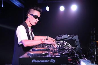魔声DJ培训学校先锋DJ大赛混音组DJZ&S