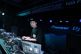 第十四届先锋DJ大赛北京赛区磨盘组DJW.Zhao