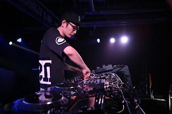 第十四届先锋DJ大赛北京赛区混音组DJMakyu