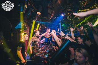苏荷酒吧DJ现场视频高清