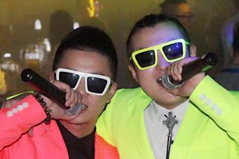 魔声就业DJ学员Ikey酒吧主场打喊麦视频
