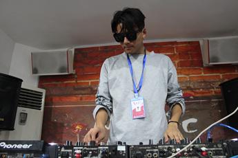 云南玉溪DJ学员杨文浩练习照片