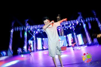 魔声DJ学员Ikey欢乐谷音乐节现场照片