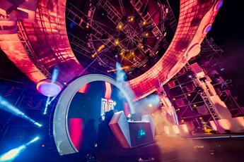 最火潮牌夜店主场气氛DJ舞曲视频