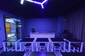 魔声DJ学校专业舞曲制作室教学区