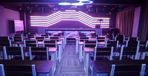 魔声DJ培训学校媒体室全新升级教学区