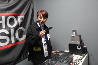 西藏拉萨DJ学员云旦将措练习照