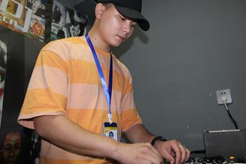 广东广州DJ学员李金星练习照