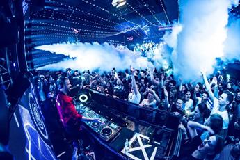 百大DJ巡演现场打碟互动视频