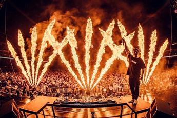 国外电音节百大DJ气氛现场视频