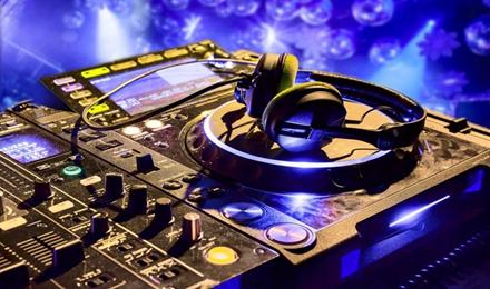 做一名DJ怎么保护自己的耳朵