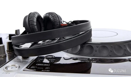 开放式与封闭式耳机的区别(