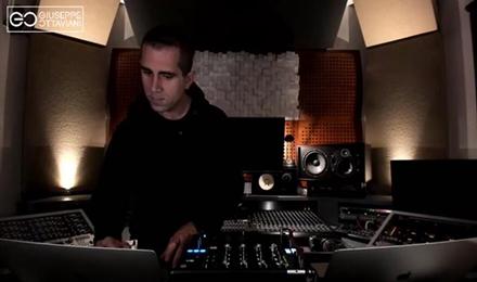 国外实力DJ制作人用两台电脑打碟