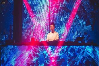 2020超炸网红DJ舞曲现场视频