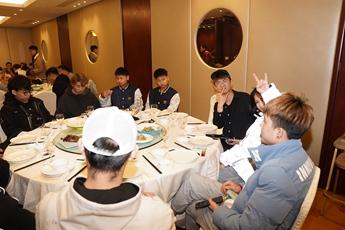 魔声DJ培训学校2020届全体师生聚餐(上)