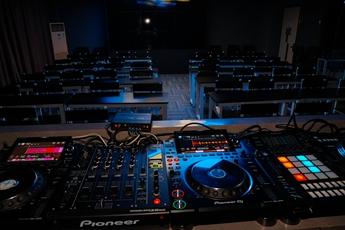 魔声DJ培训学校世界级专业DJ打碟设备