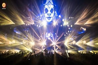 国外著名DJ电音现场打碟视频