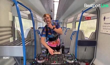 Beatport在线频道,行走的DJ表演