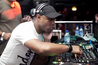 百大DJ冠军小马丁Martin Garrix
